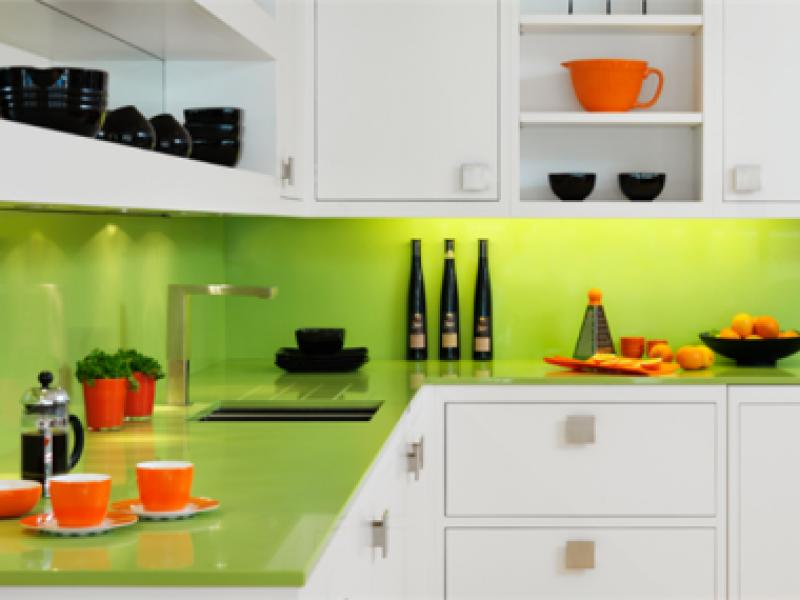panou-sticla-decorativa-verde
