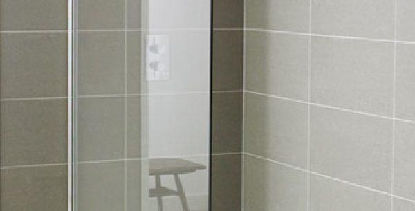 Paravan duș fix